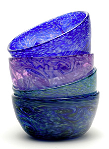 Ice cream bowls! Aron Leaman's rich color combinations in hot blown glass alt=